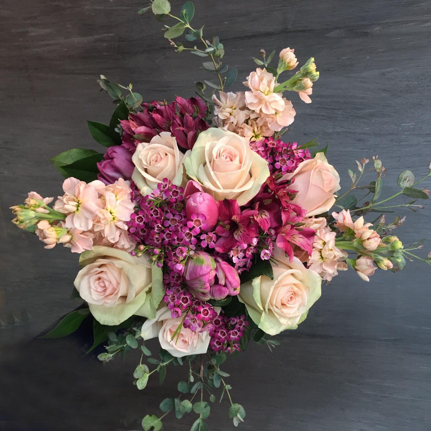bouquet bantik md cadouri flori candybar decor