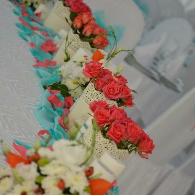Decor Tiffany & Coral Roses