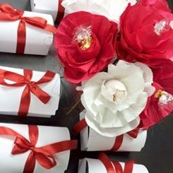 Sweet bouquet & box RED